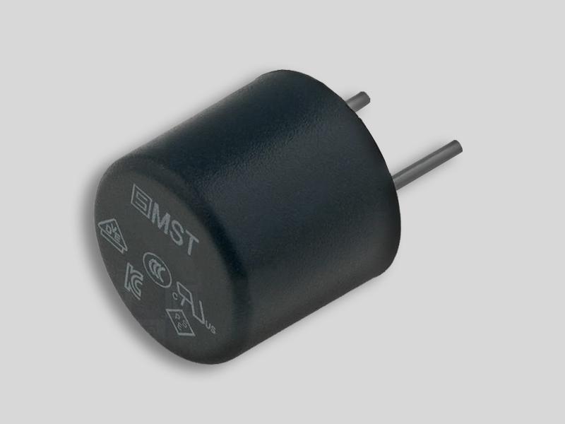 Fusible integrado con terminales soldables