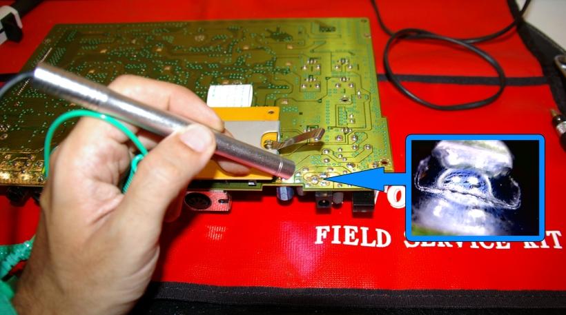 Localización de soldaduras defectuosas con el microscopio