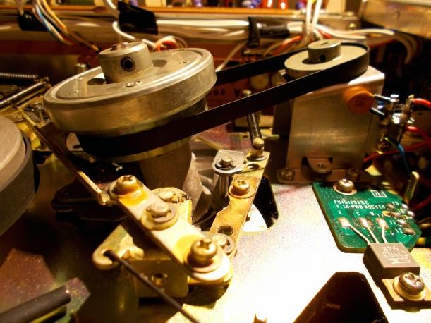 Motor y transmisión del tambor de cabezales