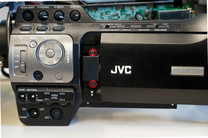 Extracción de la pantalla LCD