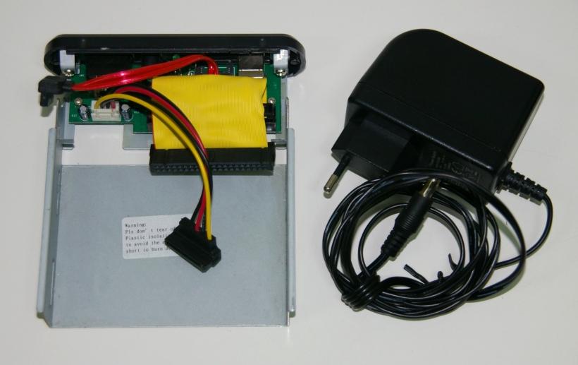 Alimentación mediante una caja externa Serial ATA